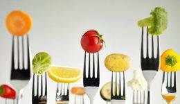 Kırışıklıklara karşı yumurta, matlaşmaya karşı yeşil sebze